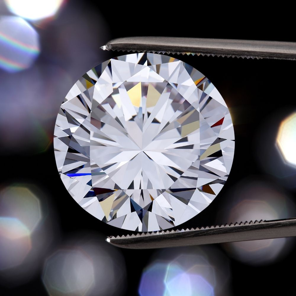 A Definitive Guide To the Diamond Clarity Scale