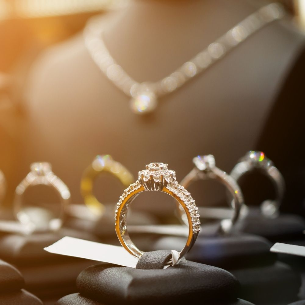 Engagement Ring Settings and Styles You Need to Know